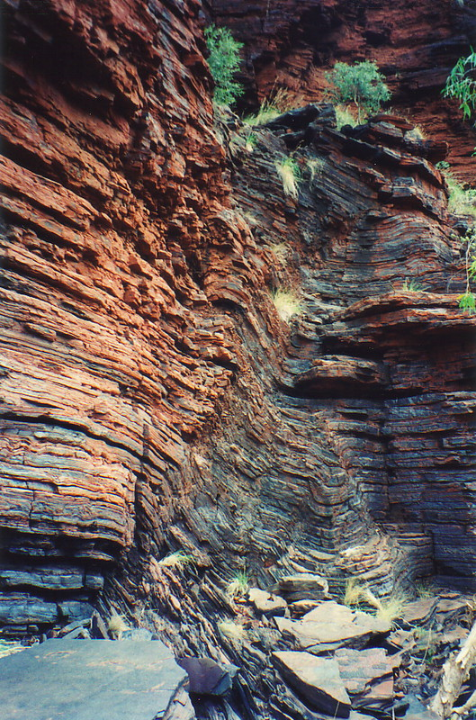 Buckled rock in one of Karijini's gorges