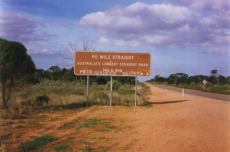 A sign proclaiming the longest stretch of straight road in Australia