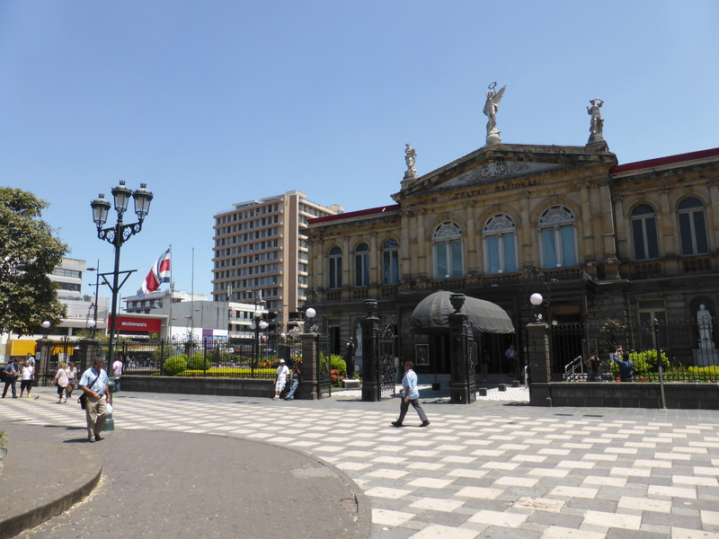 The Teatro Nacional on the Plaza de Cultura