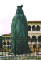 A statue of Archbishop Makarios III