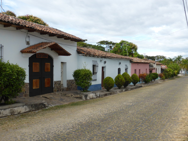 The lovely streets of Suchitoto