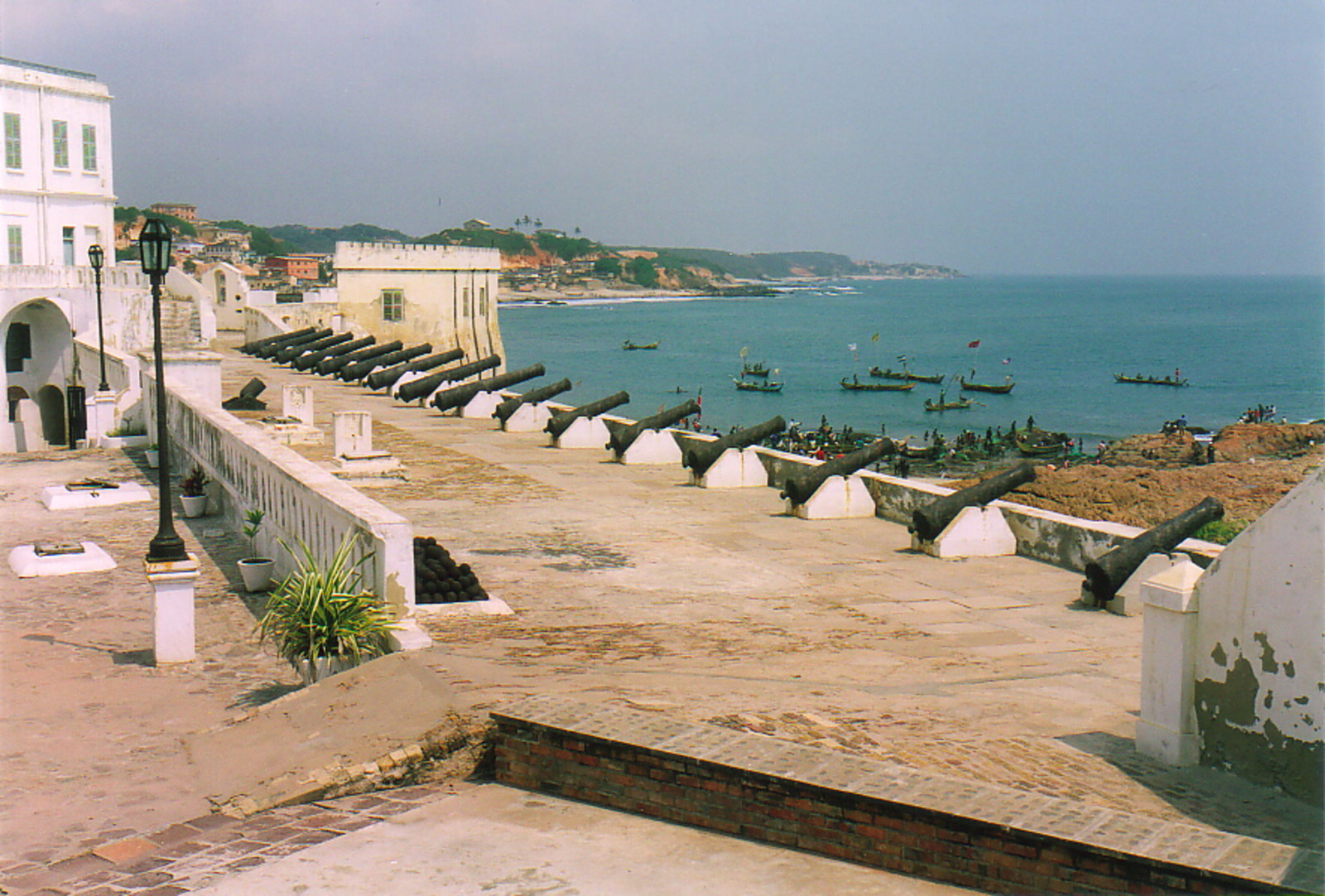Cape coast ghana pictures Pictures - Cape Coast Castle - T