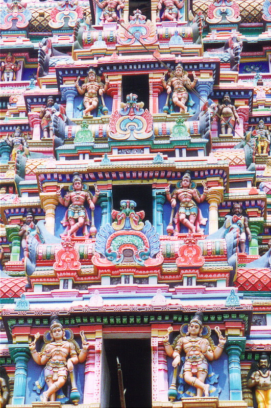 A colourful gopuram in Madurai