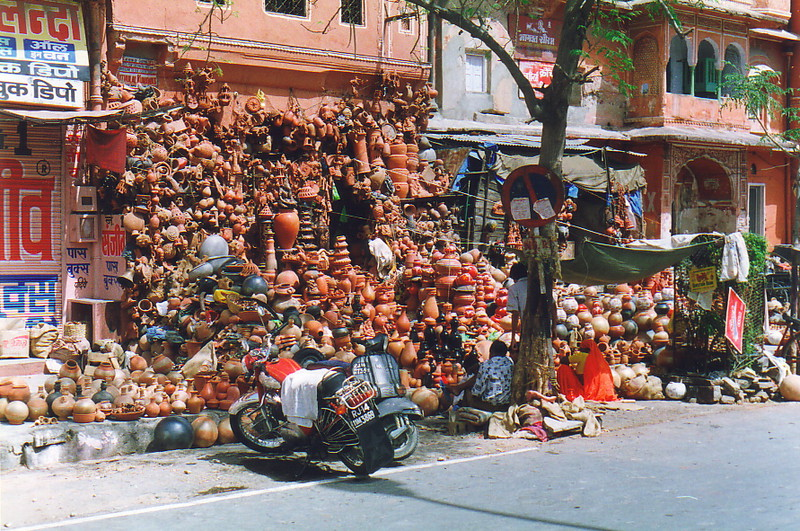 Shopping for pots in Jaipur