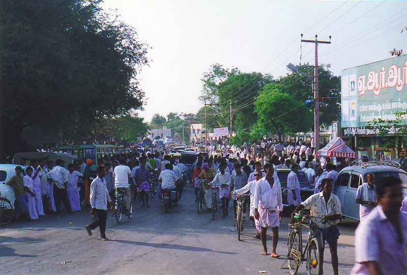 Election crowds in Thanjavur
