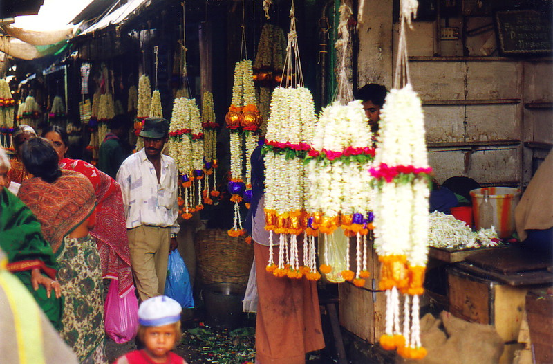Flowers for sale in Mysore