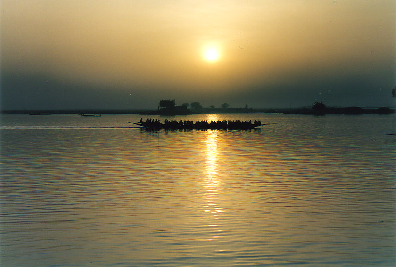 A pinasse on the River Niger at Mopti