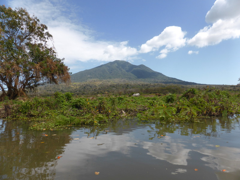 Volcán Maderas from Rio Istiam