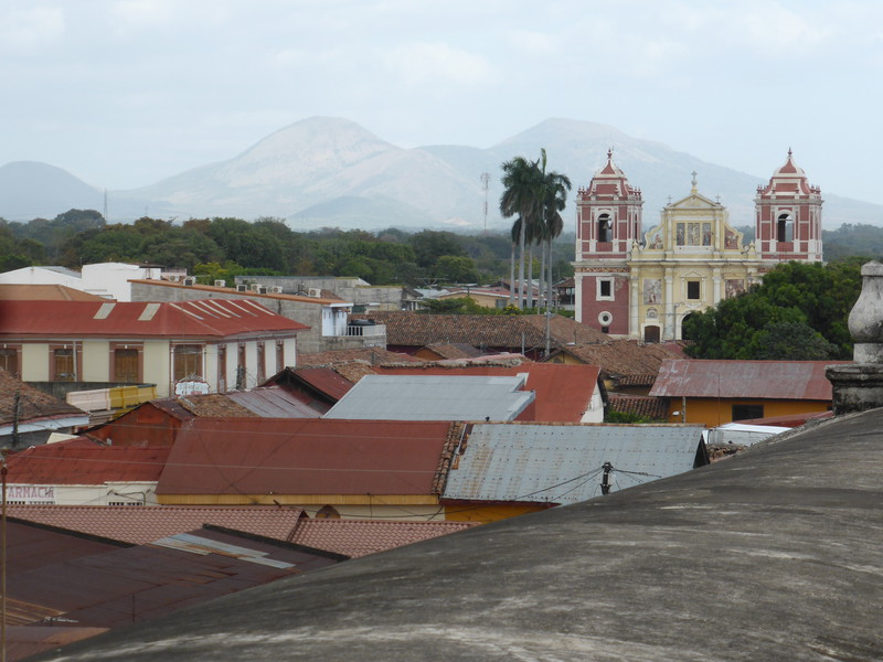 The view west from the cathedral roof towards Iglesia El Calvario