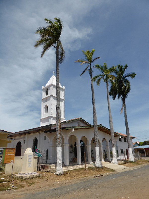 The church on the main square in Pedasí