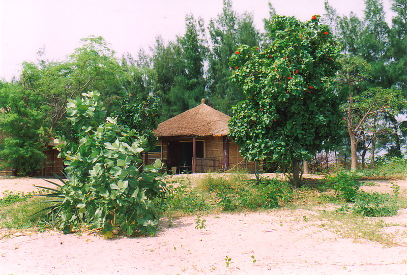 A beach hut in Djiffer