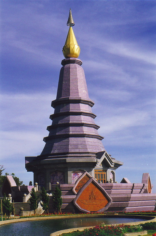 The temple on top of Thailand's highest point, Doi Inthanon