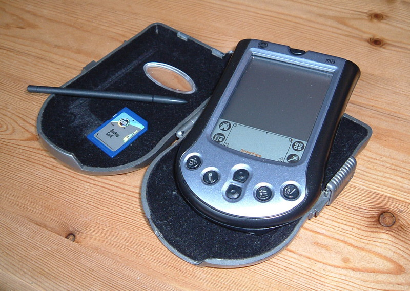 A Palm m125 and case